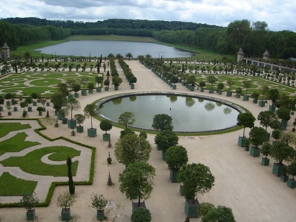 The most beautiful gardens in the world wanderer guides for Garden design versailles