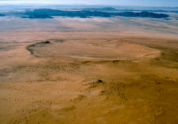 Roter Kamm crater, namibia