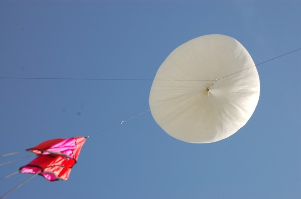 Launching of a hobby high altitude balloon